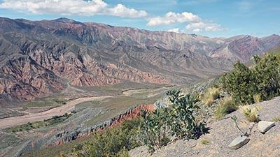 Montagne riche en terres rares